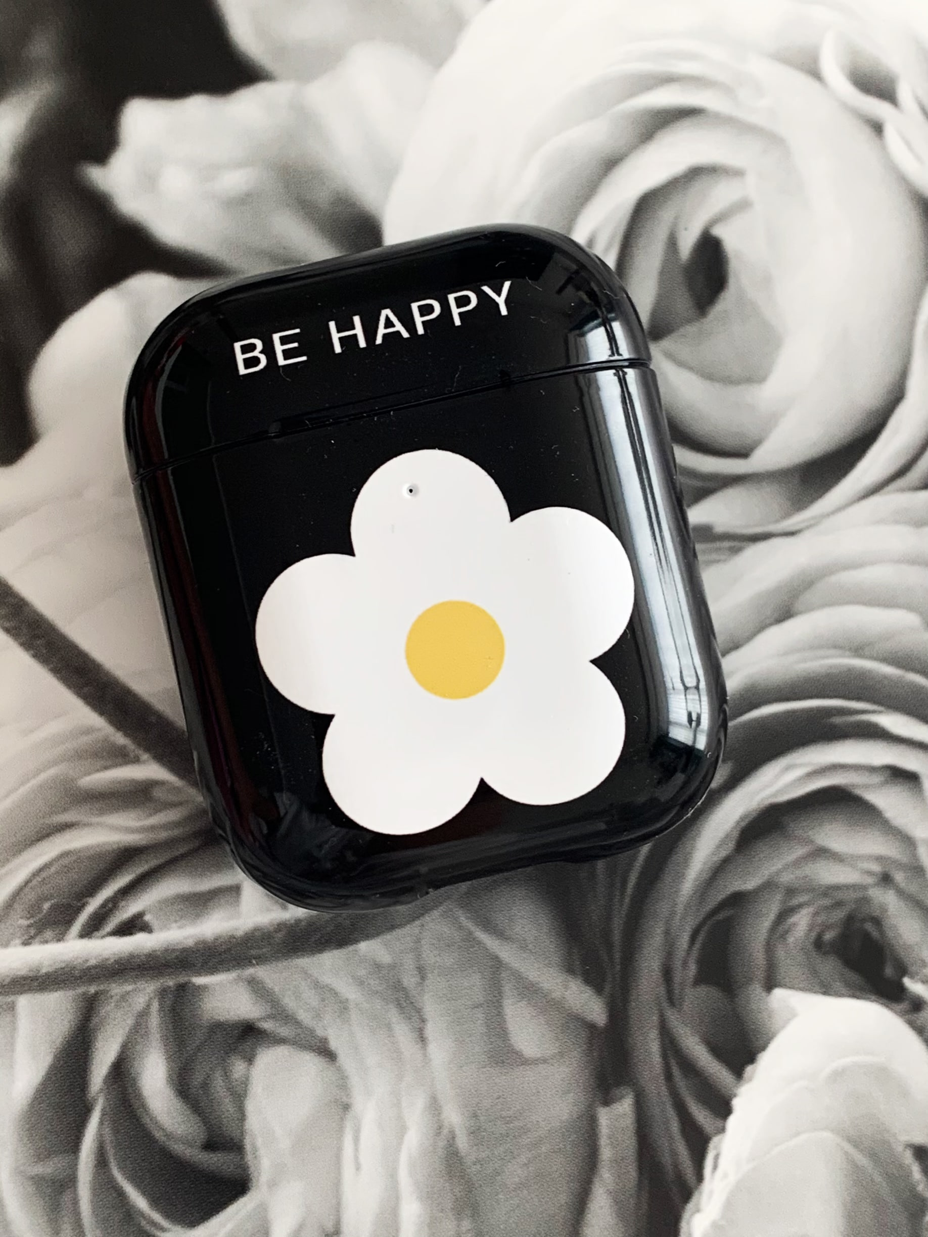 Be happy [ Black : Airpods ]