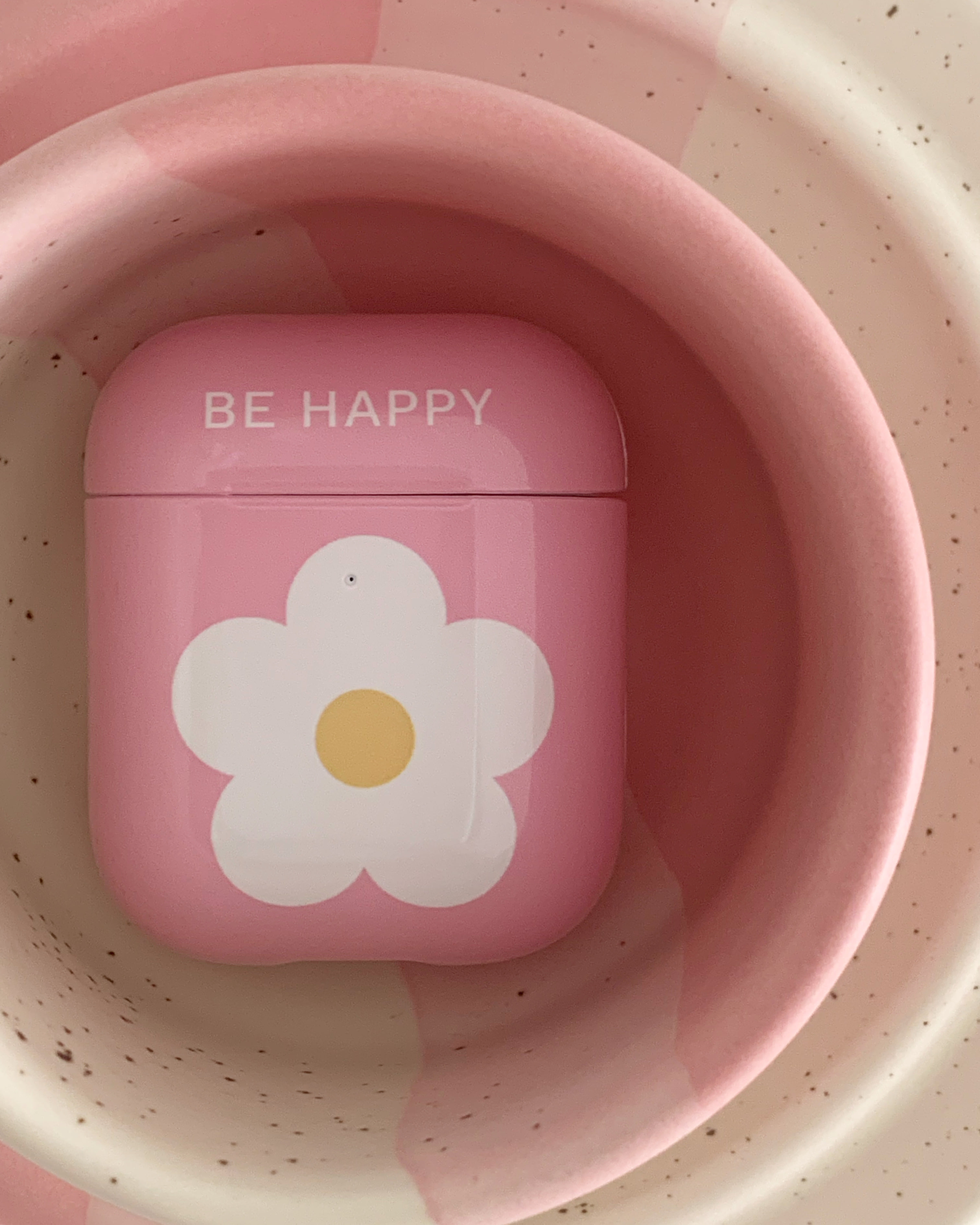 Be happy [ Pink : Airpods ]